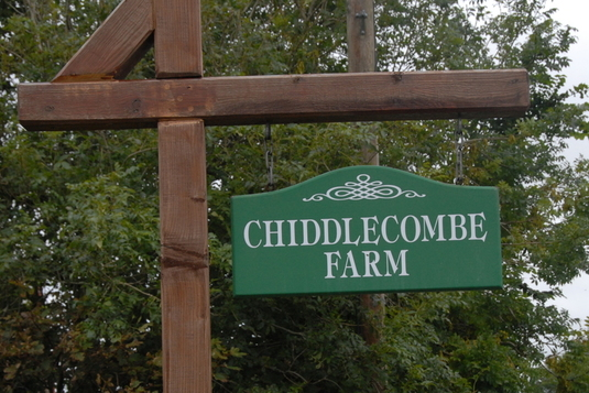 Chiddlecombe farm holiday cottages sign
